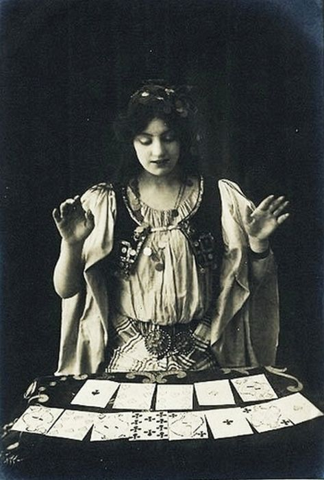 Amazed: Tarot Cards