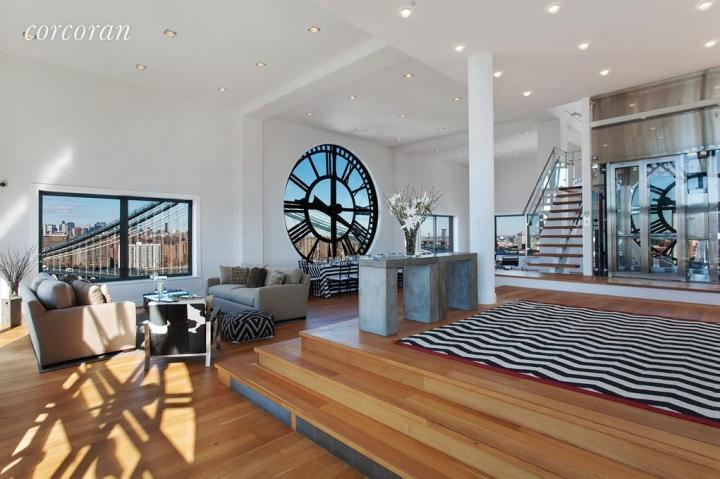 Amazing Apartment: Brooklyn Clock Tower